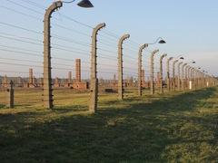 Auschwitz-Birkenau2013.JPG