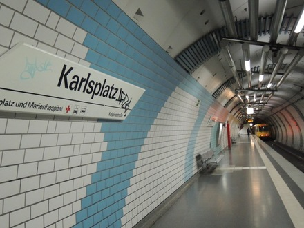 Karlsplatz20151006.JPG