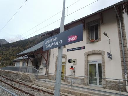 LHospitaletStation20151005.JPG