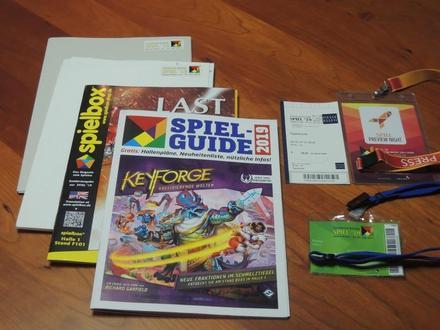 Catalogue-Spiel19.JPG